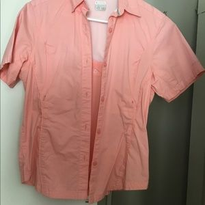 Columbia button front shirt with zipper pockets